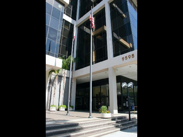 9595 Wilshire Blvd Beverly Hills CA BH1 Main Entrance-2 small