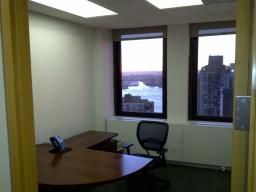VIEWS & LIGHT - Beautiful Offices In Legal Suite located in Luxury Building in Financial District