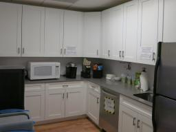 220 East 42nd Street New York NY Full Kitchen