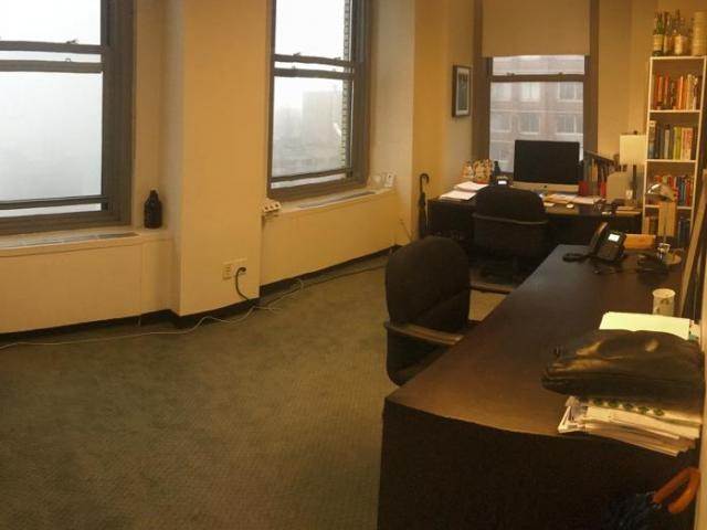 220 East 42nd Street New York NY Spacious office with river views