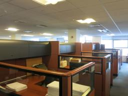 641 Lexington Avenue New York NY Workstations with privacy